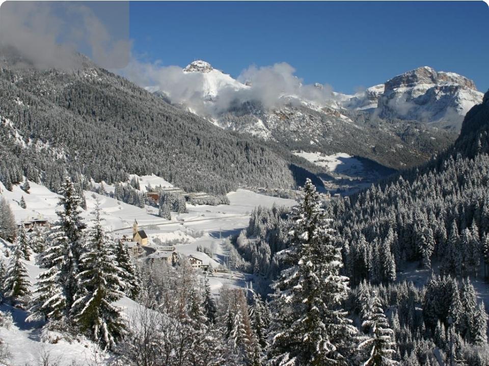 DOLOMITI   varie date di partenza - Italia - Dolomiti Val di Fiemme Fassa Passo Sella Pordoi Trento Rovereto